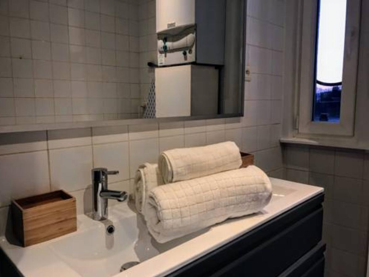 1 bedroom apartment near Louise/Châtelain Hotel Brussels Belgium
