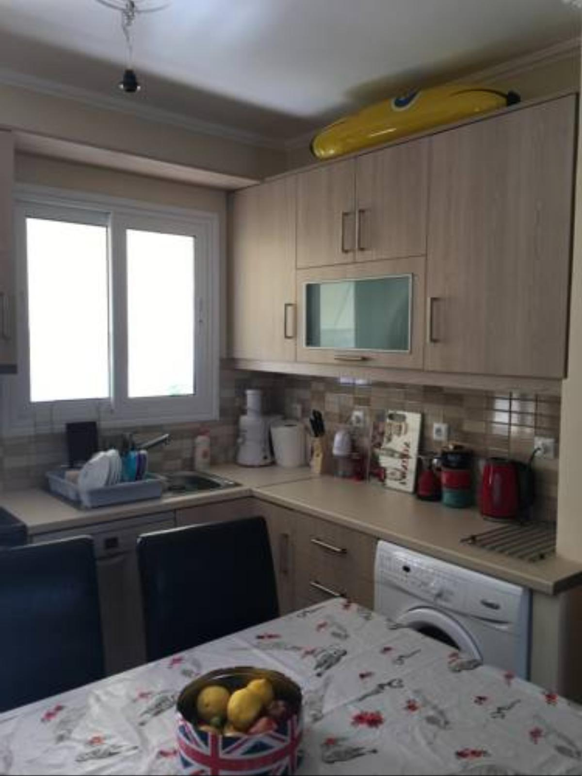 2 bed apartment Leoforos Amfitheas Hotel Athens Greece