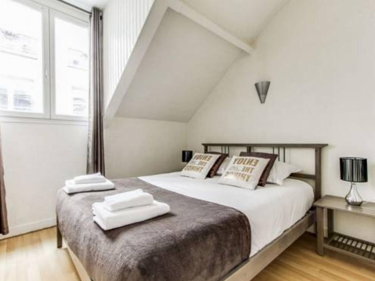 3BR Duplex in perfect location Hotel Brussels Belgium