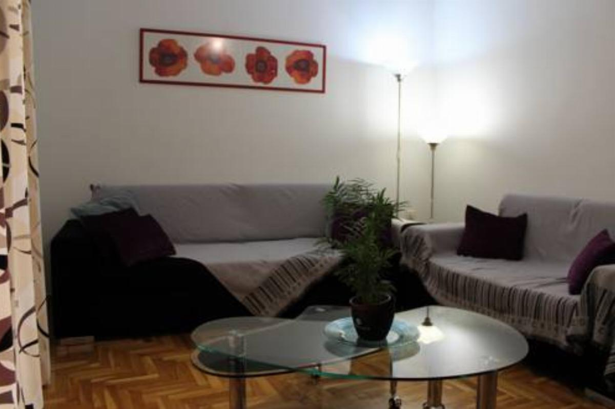 56 sq.m. Koukaki apartment Hotel Athens Greece