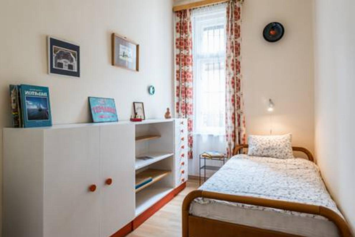 A spacious and quiet apartment with two bedrooms Hotel Budapest Hungary