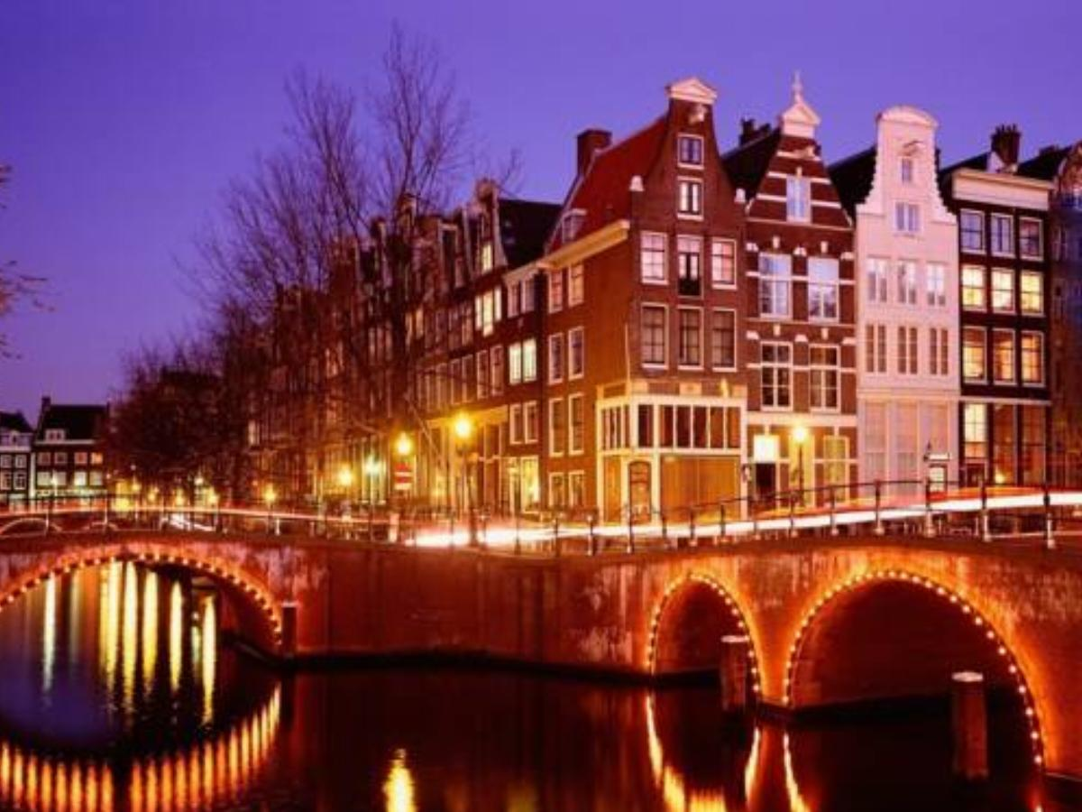 A118 Brouwersgracht I Houseboat Hotel Amsterdam Netherlands