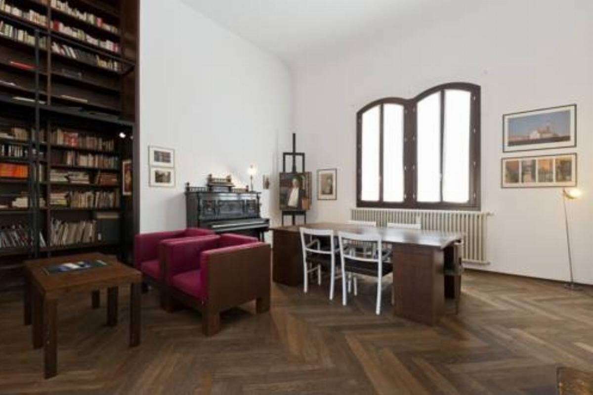 Accademia Spacious 3 Bedrooms Hotel Venice Italy