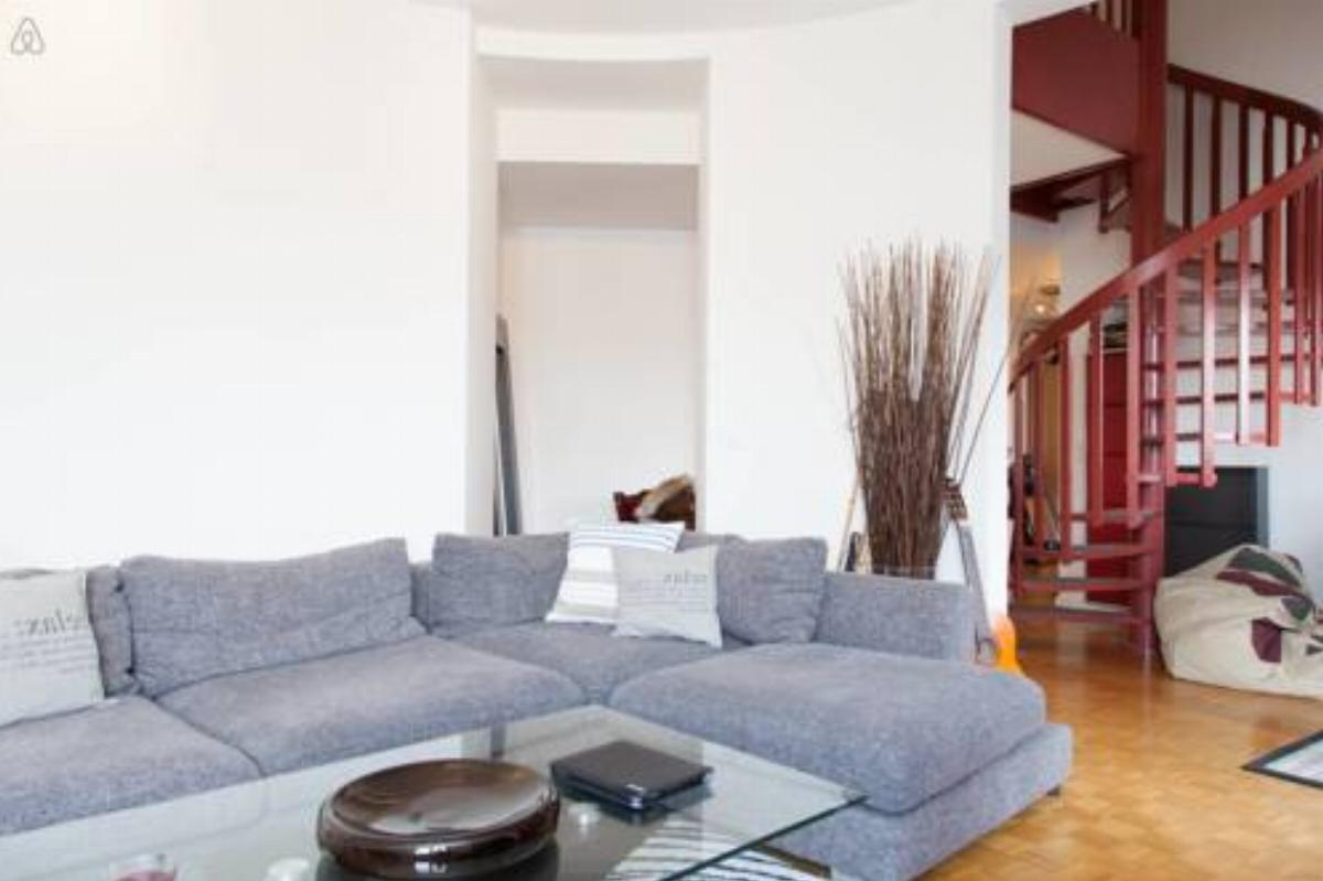 Apt Duplex-Charming 2BR Flat in GE City Center -Cornavin Central Station Hotel Geneva Switzerland