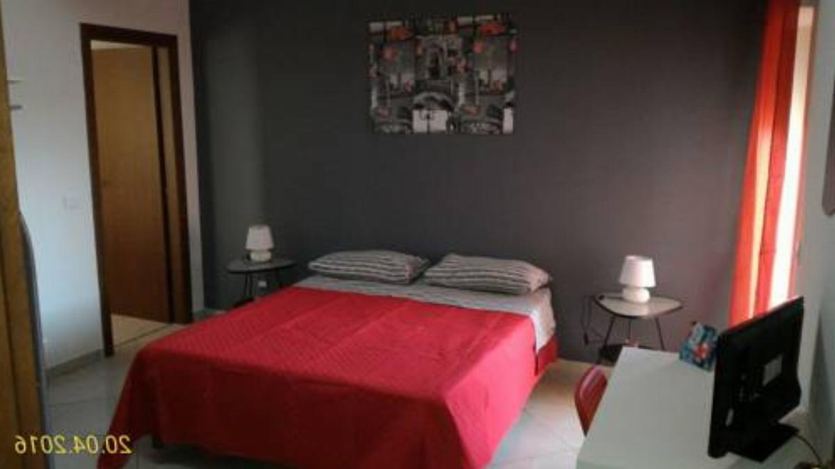 Bed And Breakfast Oasi Hotel Reggio Di Calabria Italy Overview