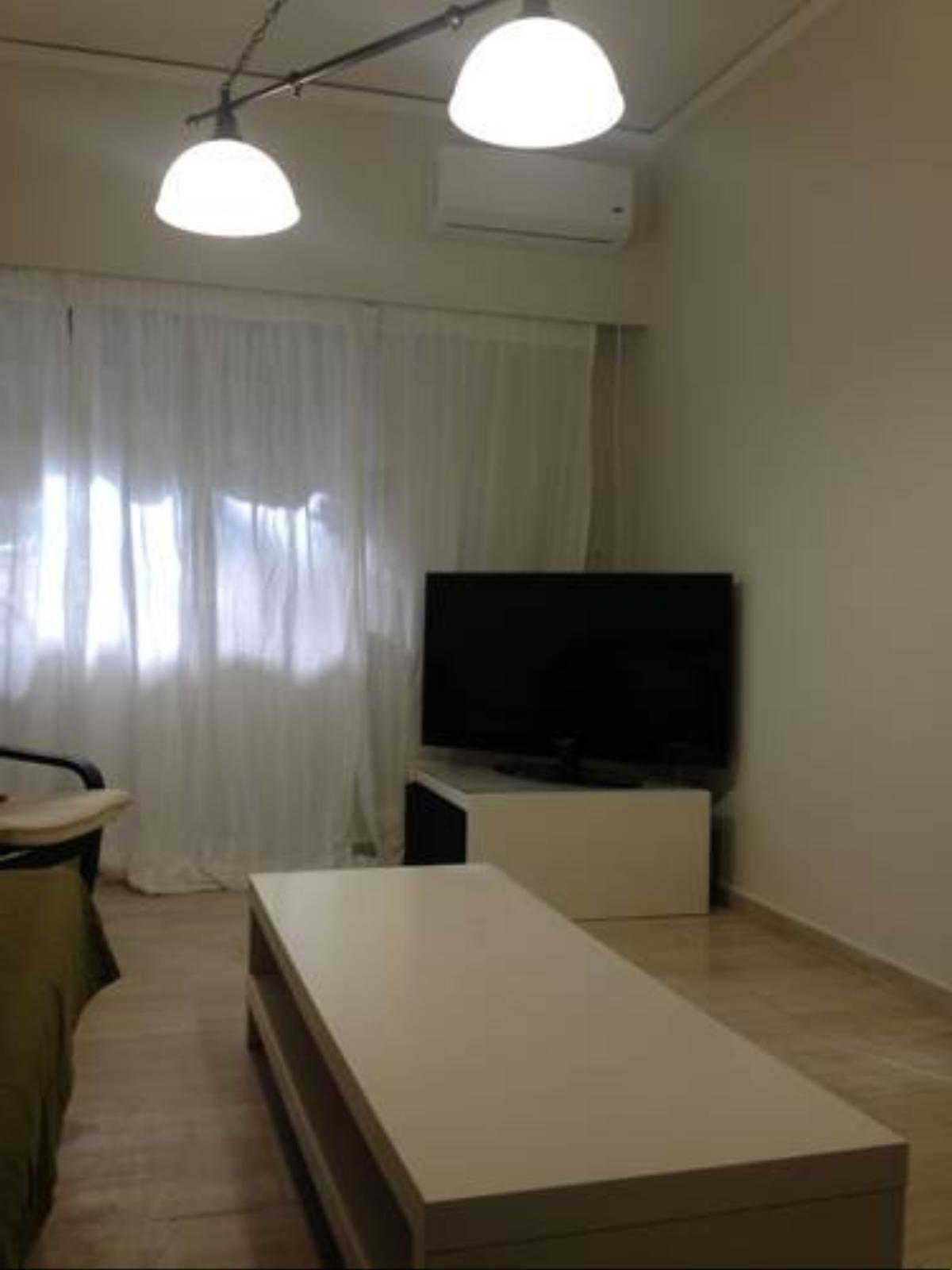 Cosy Apartment!15min.from the center of Athens! Hotel Athens Greece
