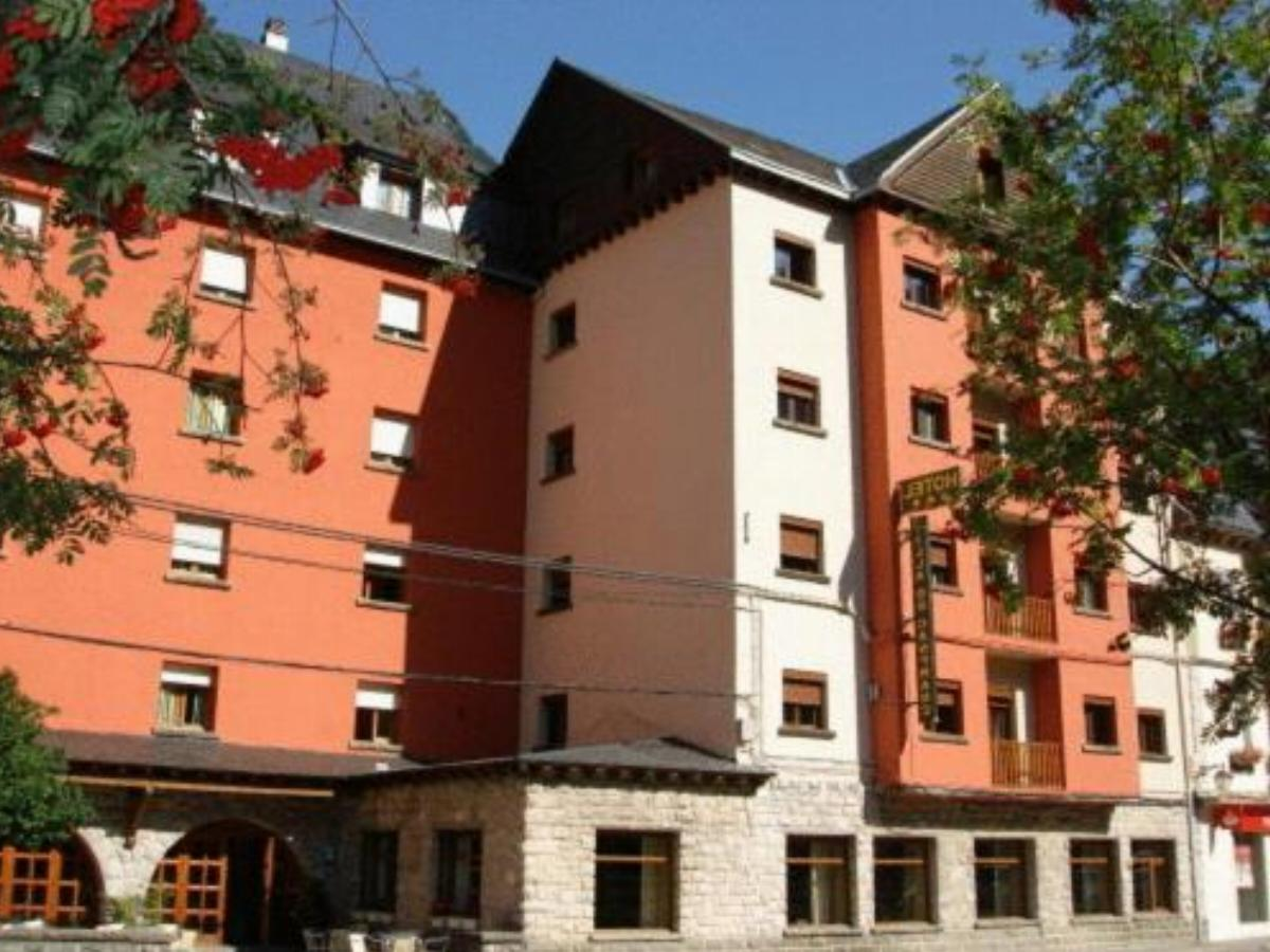 Hotel Villa de Canfranc Hotel Canfranc Spain