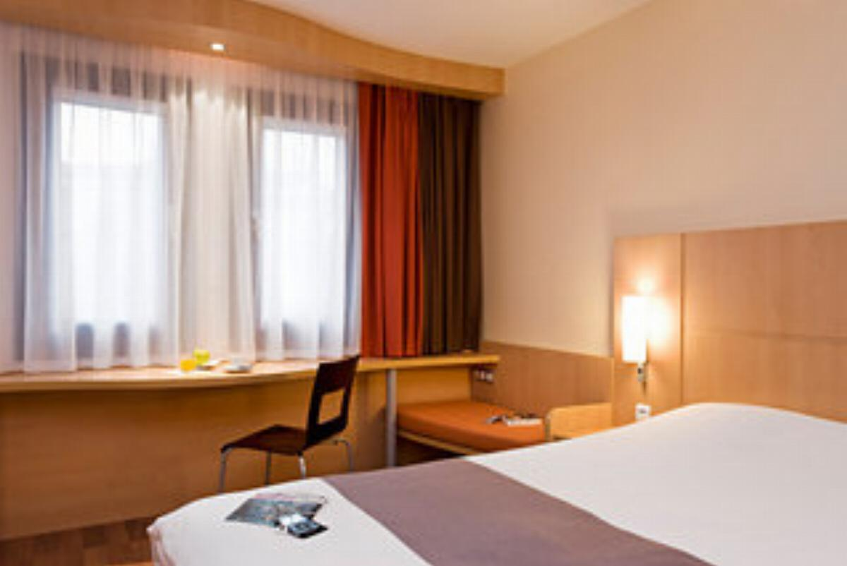 Ibis Budapest Heroes Square Hotel Budapest Hungary