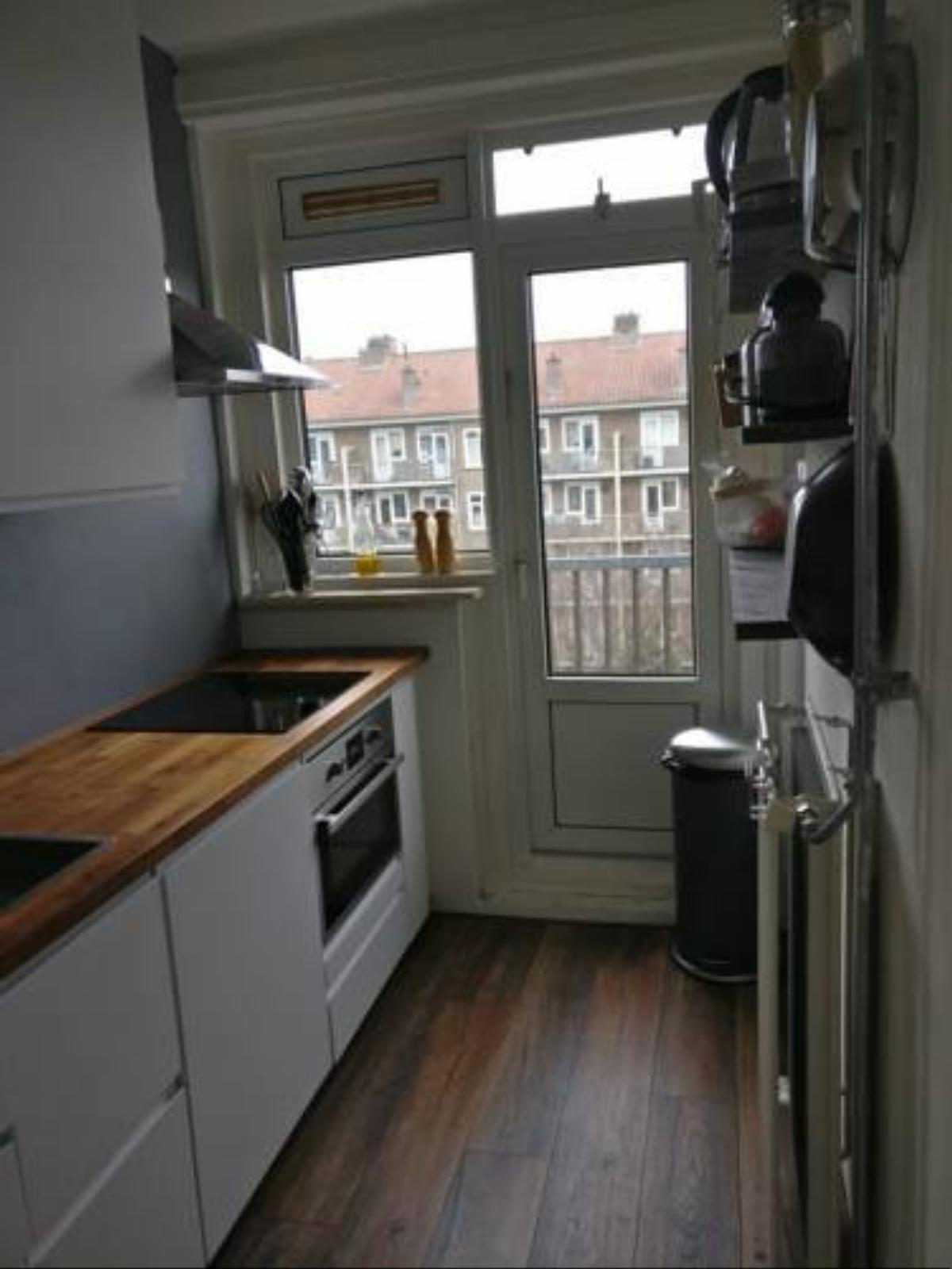 Jacques Cosy 1 bedroom apartment. Hotel Amsterdam Netherlands