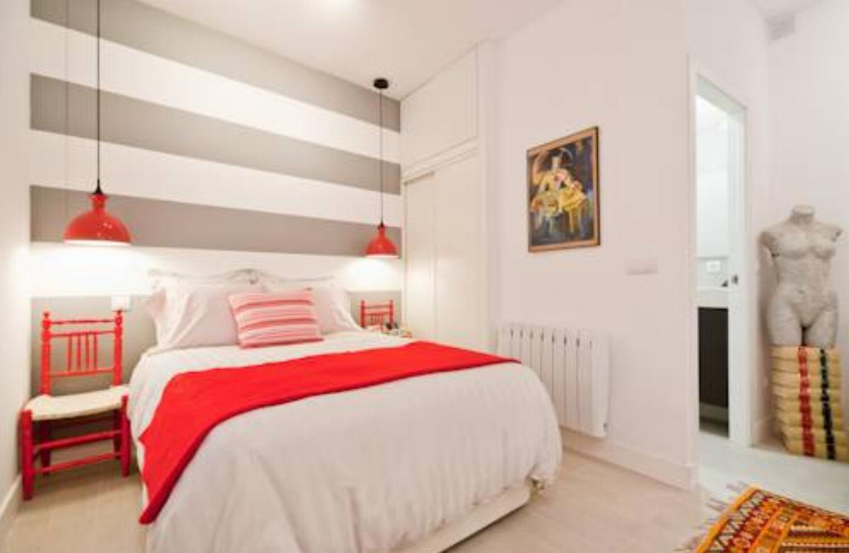 Reina Sofia Star Apt Hotel Madrid Spain