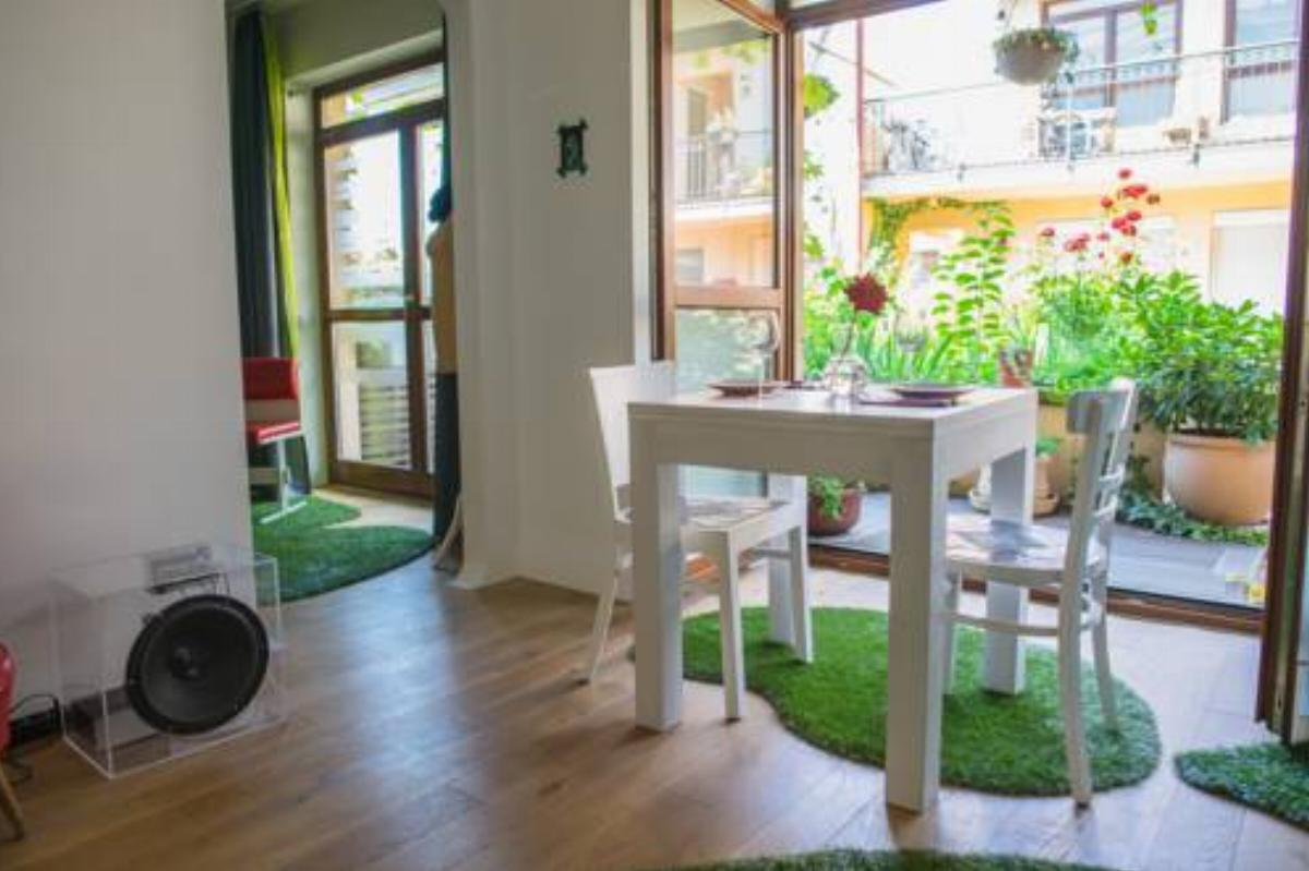 S14* DesignApartment with garden Hotel Budapest Hungary